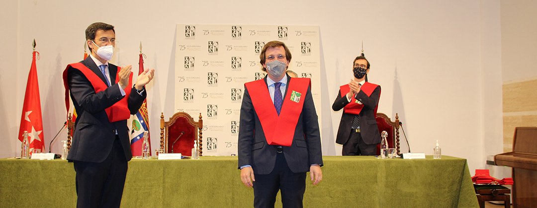 MARTÍNEZ-ALMEIDA, BECARIO DE HONOR DEL COLEGIO MAYOR MONCLOA